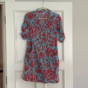 Lilly Pulitzer cover up. Size small